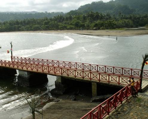 La fondation de São João dos Angolares du sud de l'île de Sao Tomé est due au naufrage d'un bateau négrier en provenance d'Angola au 16ème siècle