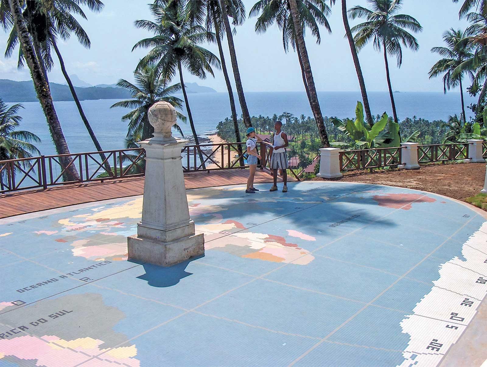 """Excursion """"Extrême Sud de l'île en 4×4"""", Îlot de Rolas, Sao Tomé-et-Principe"""